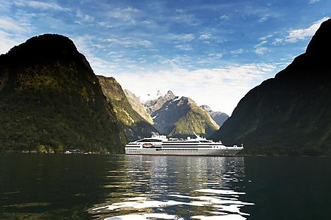 Sailing Milford Sound