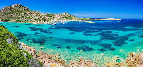 Sailing along Maddalena Archipelago